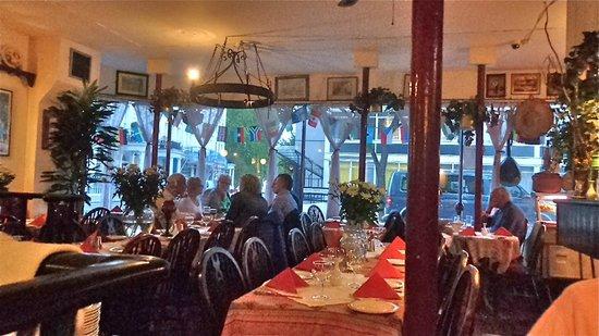 Zorba 39 s greek taverna london restaurant reviews phone for 18 leinster terrace london w2 3et