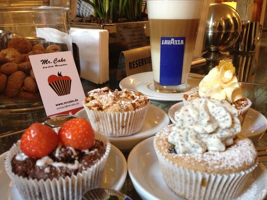 Mr. Cake Cologne: Enjoy your cakes with a latte machiato