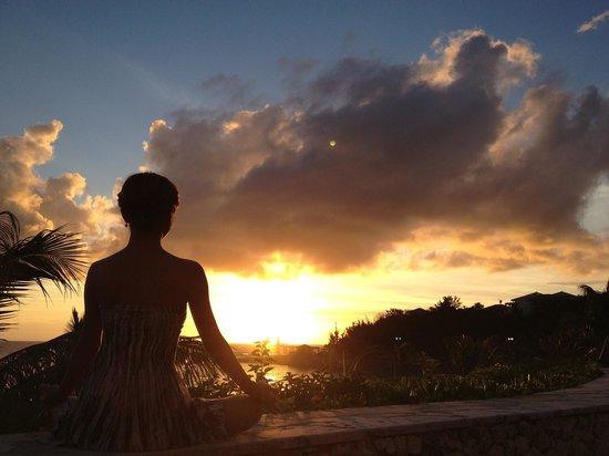 The Busena Terrace: Sunset yoga