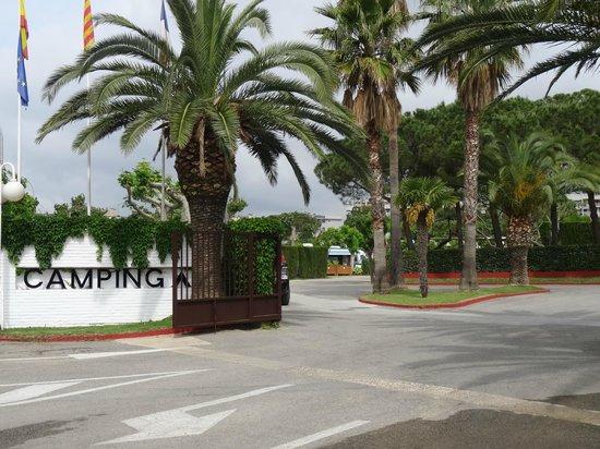 La Siesta Salou Resort & Camping: entrée rue carrer del nord