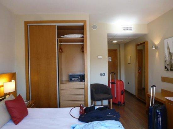 Hotel Guadalmedina: Habitación