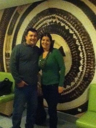 Atton Bogota 93: En la entrada al restaurant