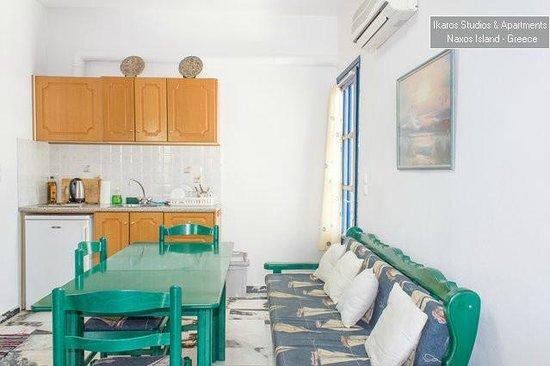 Ikaros Studios & Apartments : Family Apartment