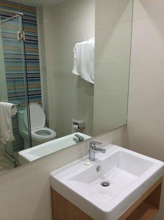 S3 Residence Park: Ванная комната в 218