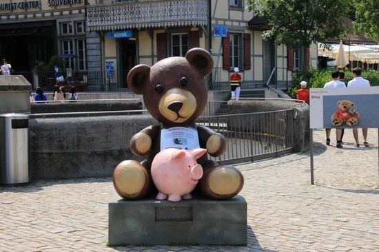Old Town Bern: ベルンの由来熊