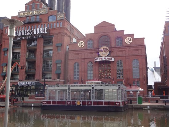 Hard Rock Cafe: Across the Water View
