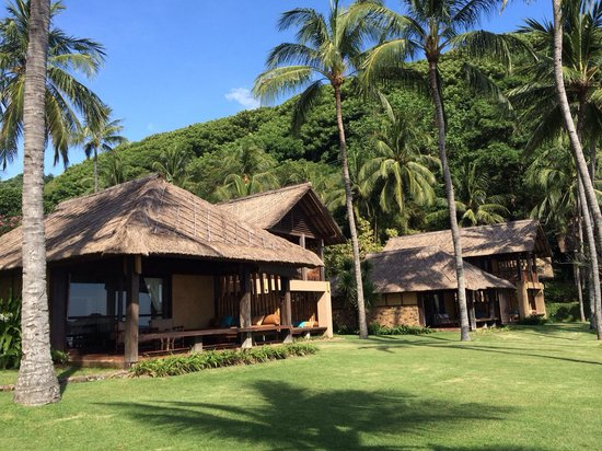 Jeeva Klui Resort: The rooms with ocean view with super well maintained garden