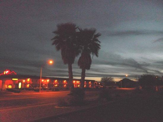 Quality Inn: Sunset ending.