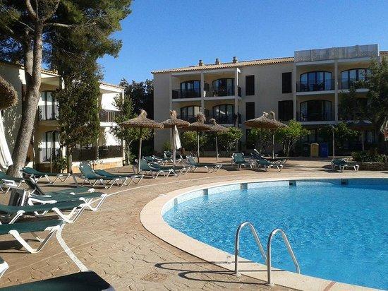 Protur Floriana Resort: Einer von mehreren Hotelpools