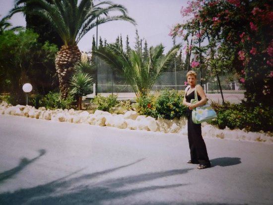 Mediterranee Thalasso Golf : Территория перед отелем
