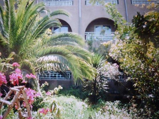 Mediterranee Thalasso Golf : Мой отель со стороны моря