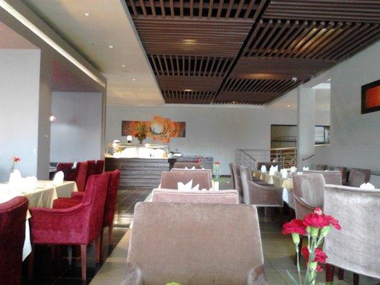 Boma Inn Eldoret: Dining