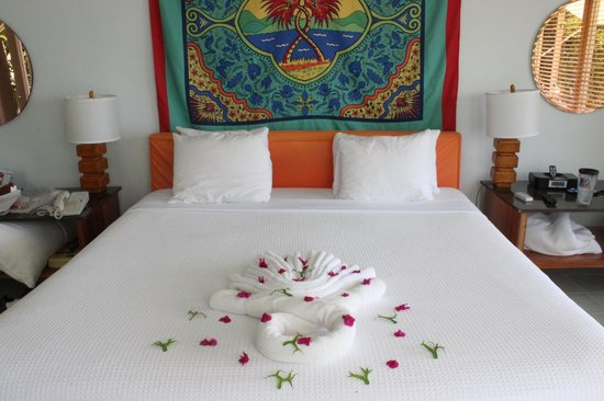 Couples Negril : Room