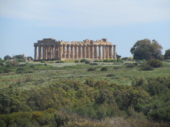 Selinunte : Greek temple