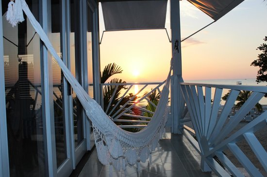 Couples Negril: Balcony with hammock