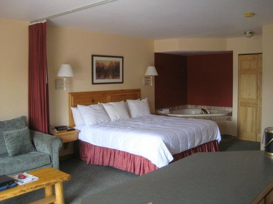Appenzell Inn: Room 25 with Jacuzzi