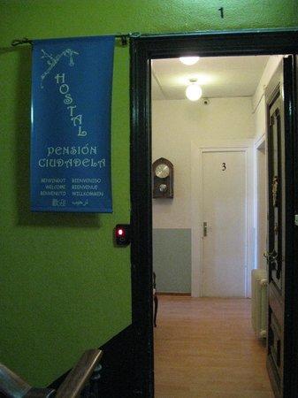 Pension Ciudadela: 3 этаж, открыта дверь