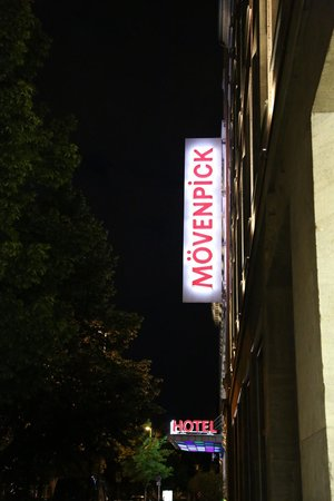 Mövenpick Hotel Berlin: The sign at the front of the hotel