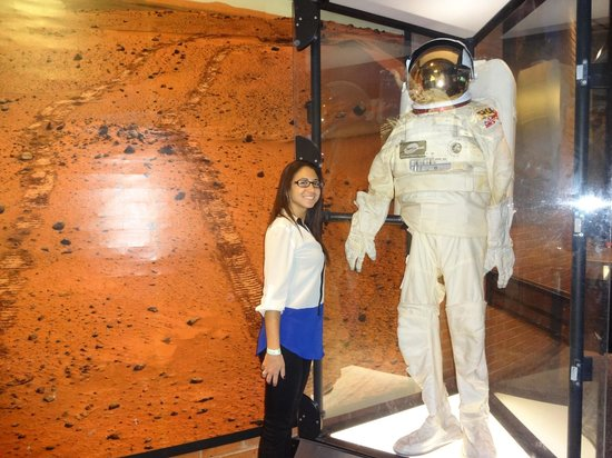 Maryland Science Center: Moon Woman