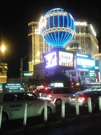 Monte Carlo Resort & Casino : Strip view