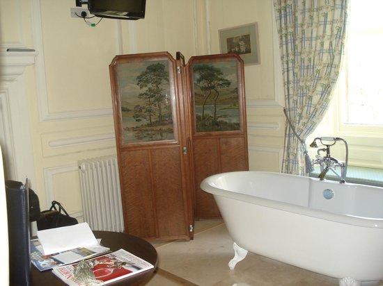Eshott Hall: Lovely bath