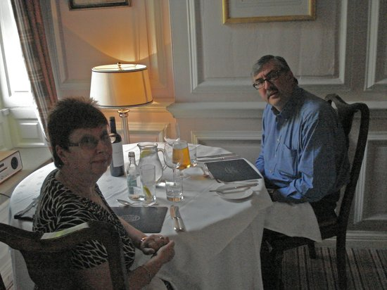 Eshott Hall: Enjoying our evening meal