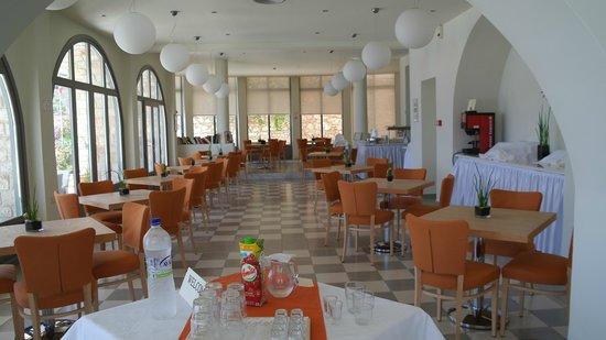 Megisti Hotel: Ресторан для завтраков