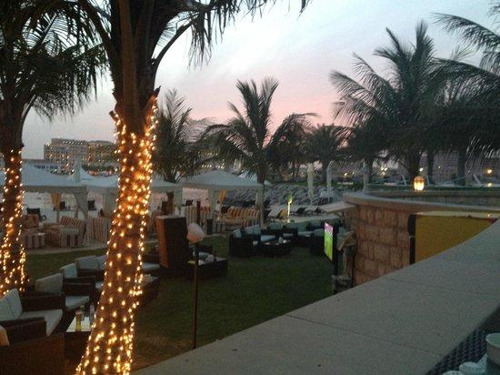 Traders Hotel, Qaryat Al Beri, Abu Dhabi: Abend