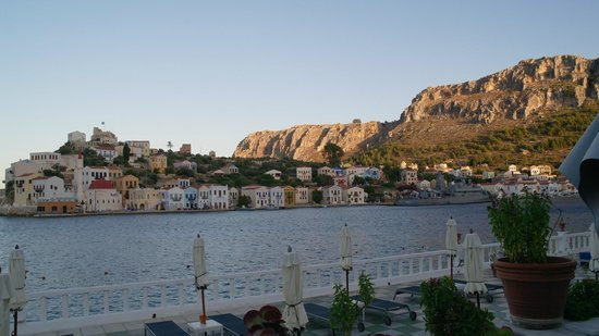 Megisti Hotel: Вечерний остров