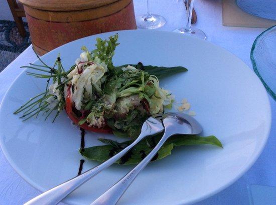 Melenos Roof Top Dining : Salad