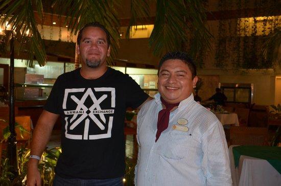 Sunset Royal Cancun Resort: nuestro amigo Jose Cuervo