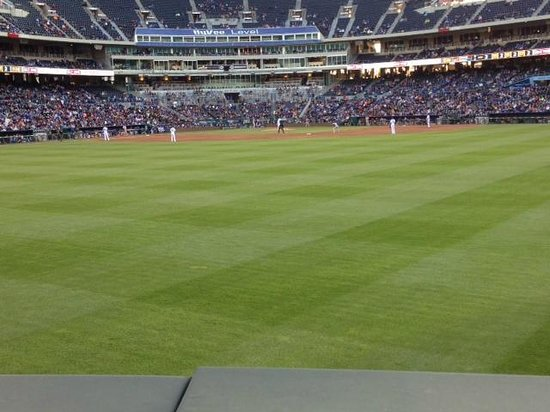 Kauffman Stadium : view from right center (seats right on the wall)