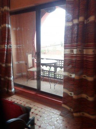 Hotel Lakasbah: Aussicht des Zimmers zum Parkplatz