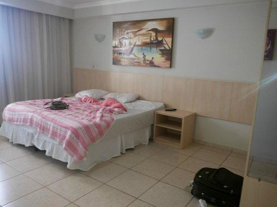 Bay Park Resort Hotel : Apartamento já bagunçado por mim =P