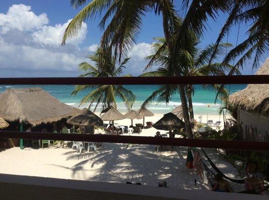 Amelie Tulum: views