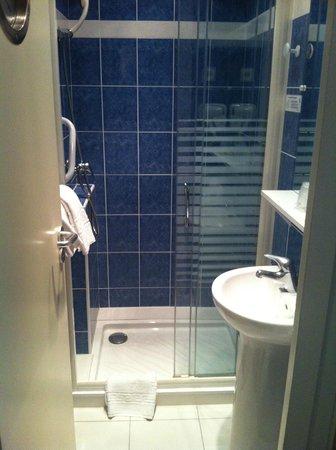 Hotel Le Monarque: Salle de bain 2