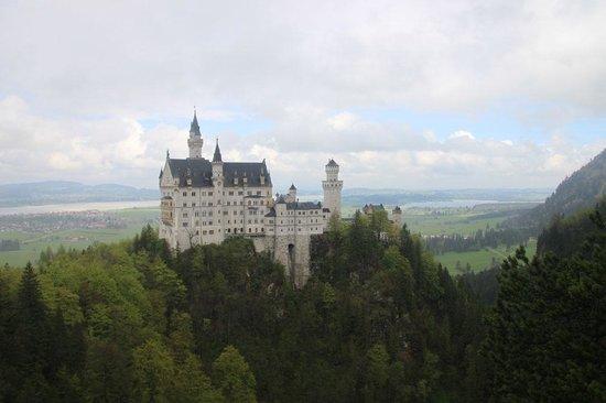 Castillo de Neuschwanstein: Вид на замок