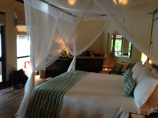 Four Seasons Resort Maldives at Kuda Huraa : Room