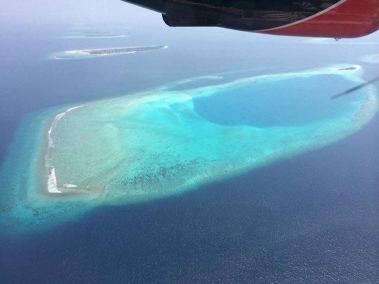 Four Seasons Resort Maldives at Kuda Huraa: Flying between islands in sea plane - it's not that scary