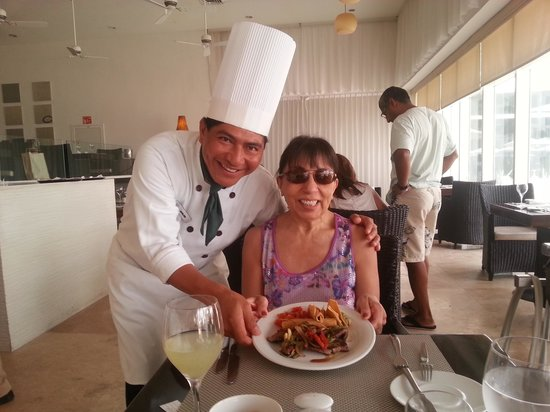 Le Blanc Spa Resort: Tampiquena, authentic Mexican food prepared by chef Aquilino with love !