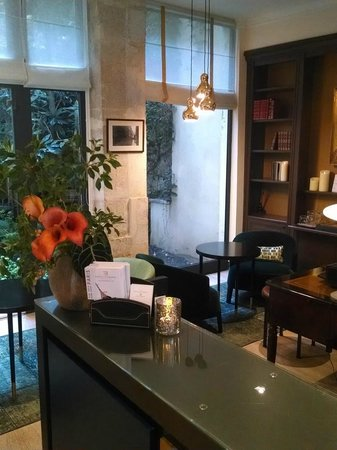 Hotel d'Orsay - Esprit de France: Recepção
