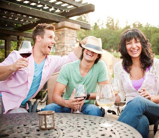 DANCIN Vineyards : Friends