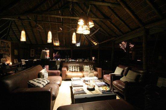 Haina Kalahari Lodge : Communal area