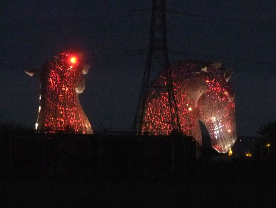 The Kelpies & The Helix: Kelpies at Night. Sadly only lit up after the site closes.
