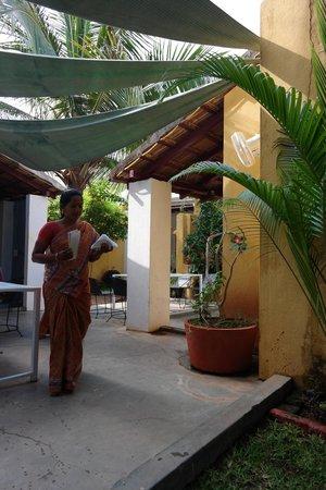 Café des Arts : plenty of outdoor seating area
