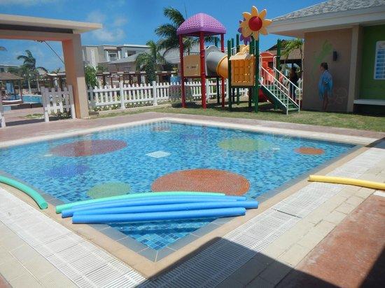Hotel Playa Cayo Santa Maria : kids club building