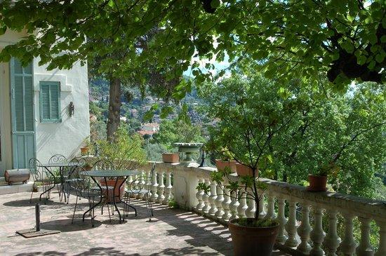 Hotel La Bellaudiere : Giardino