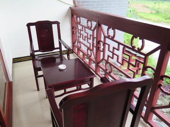 Dragon River Retreat : Balcony room 2808