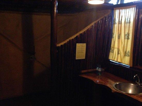 Migunga Tented Camp: Zona de baño