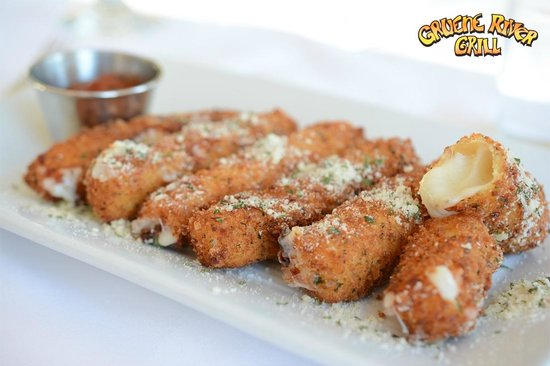 Gruene River Grill: Fried Cheese